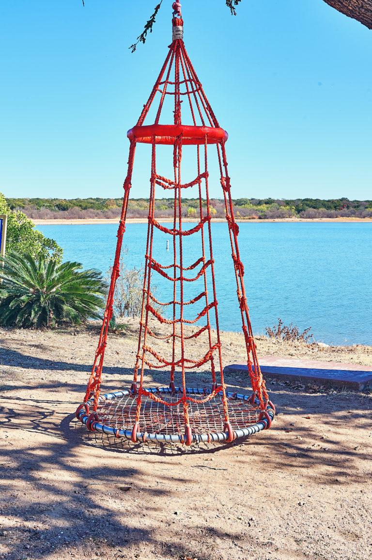 Beachcomber Waterfront Swing Image 2