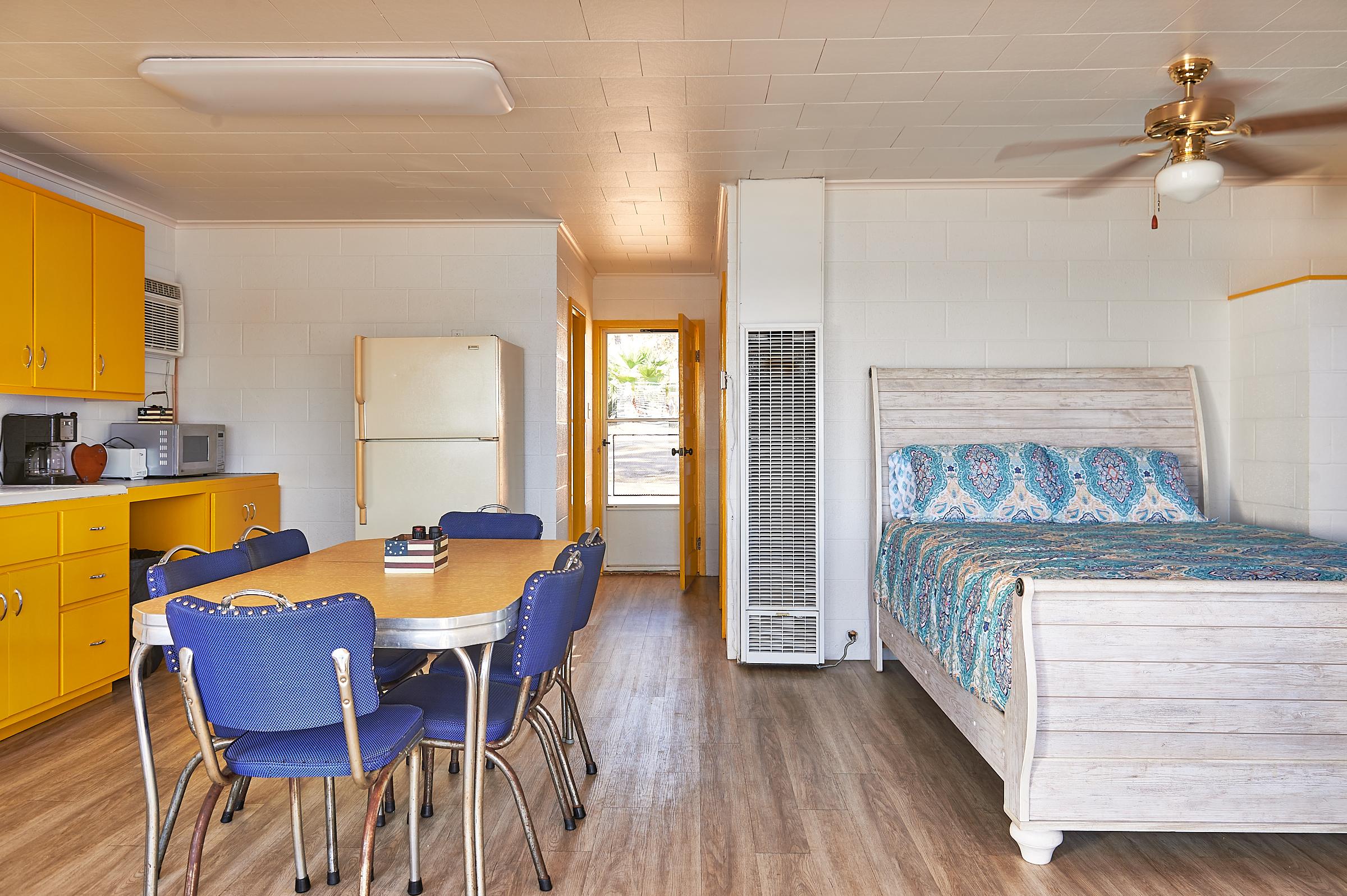 Bluebonnet Cabin Common Area Image 1