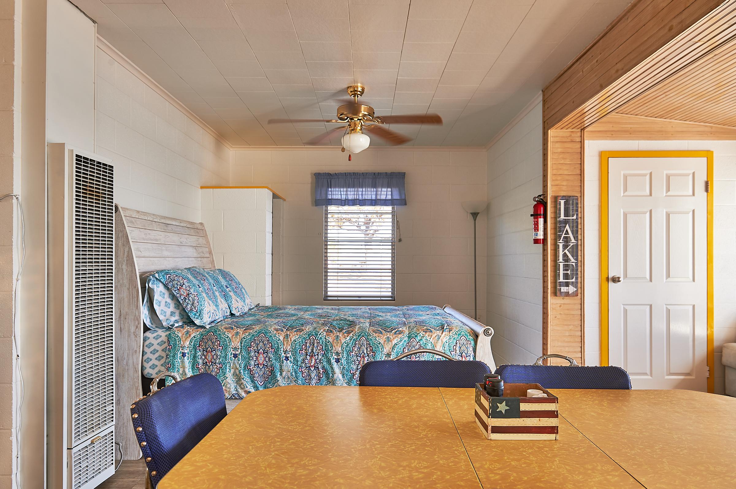 Bluebonnet Cabin Common Area and Closet