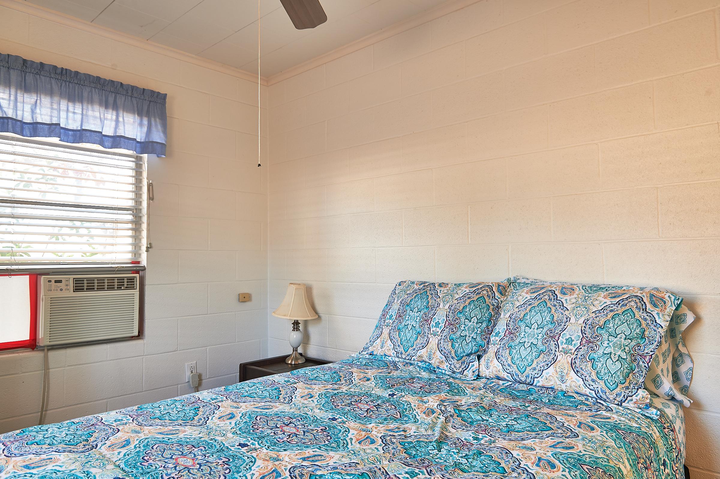 Bluebonnet Cabin Spare Bedroom Image 5