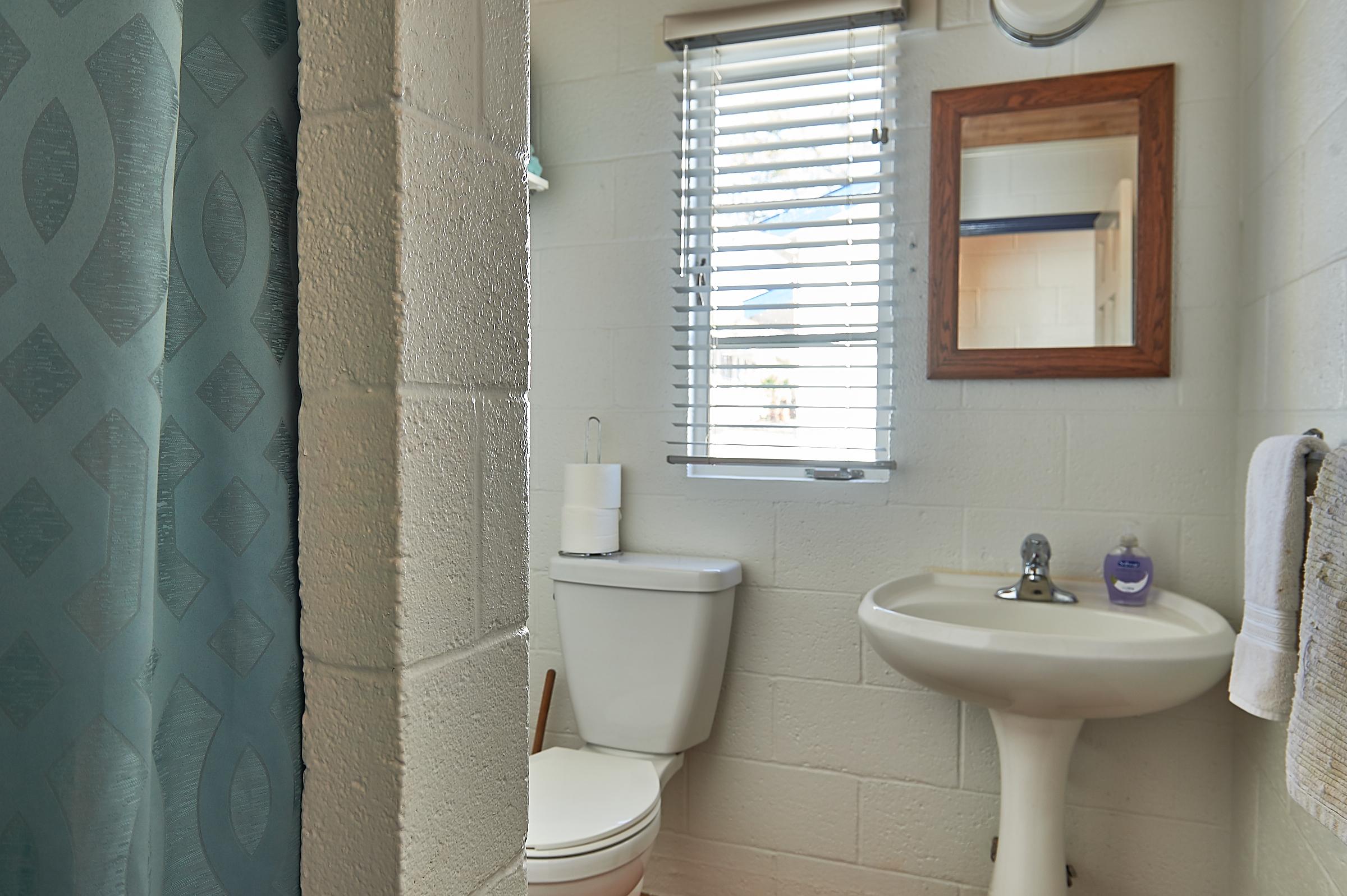 Packsaddle Mountain Cabin Restroom Image 1