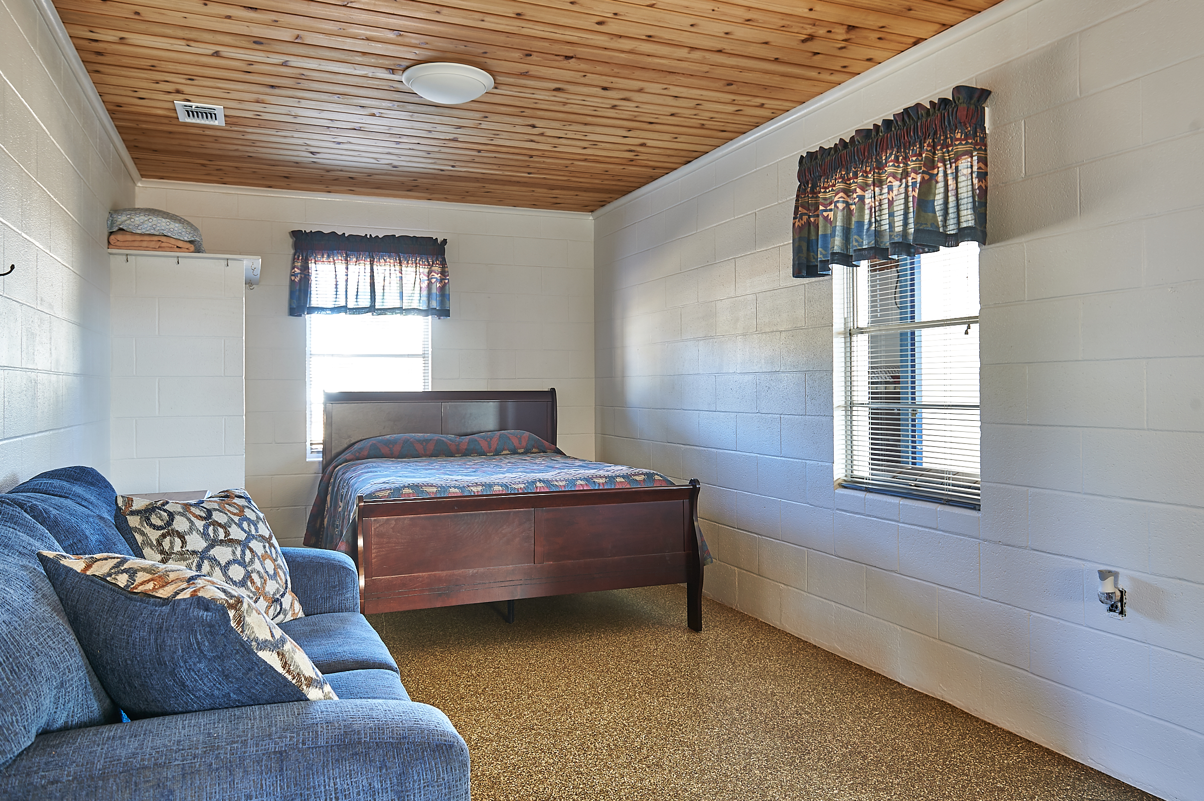 Whitetail Deer Cabin Comfort and Clean